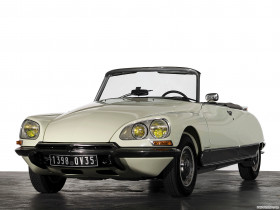 Tapeta Citroën DS 23 Cabriolet by Chapron '1973.jpg